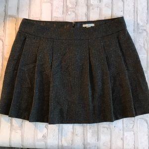 Gap Short pleated skirt with pockets Sz 10
